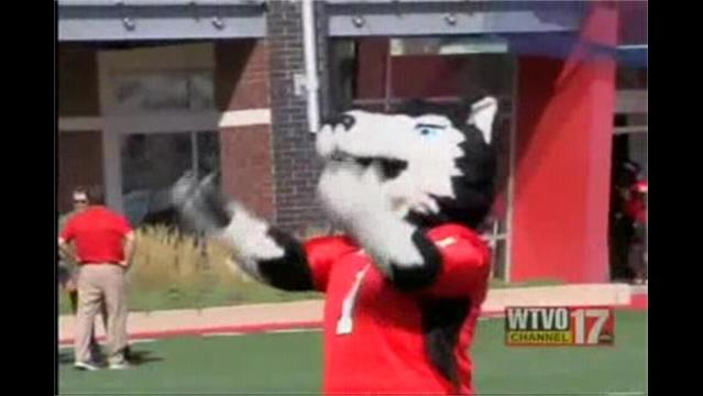 NIU Comes Back to Beat Ball State 10/6/12