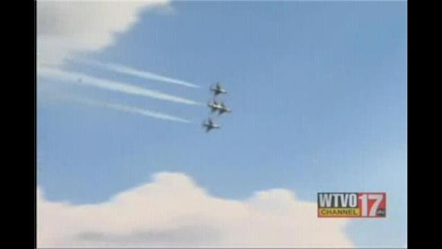 Want a Free Pass to Airfest?  Volunteer!