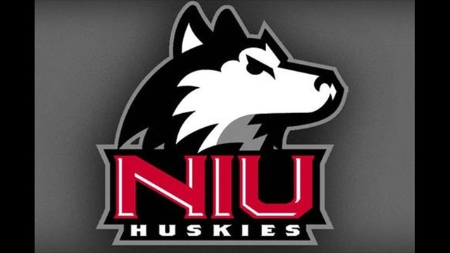Huskies Upset Rockets