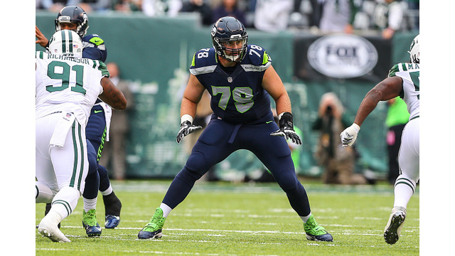 Bears sign OT Bradley Sowell to 1-year contract