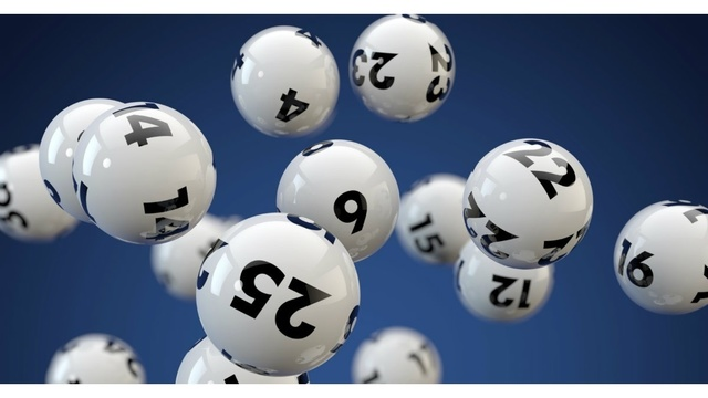 2 large lottery jackpots up for grabs this weekend