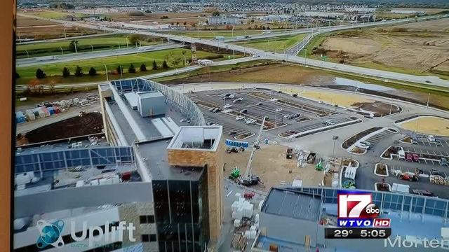 Mercyhealth hopes to fill 400+ positions for new Riverside campus